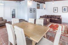 Apartment in Valencia - TH Port Valencia 5a Planta meses