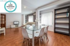 Apartment in Valencia - TH Mestalla 2 dormitorios WIFI